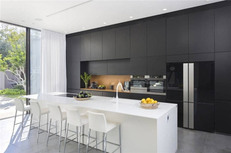Why Require Customised Kitchen Cabinet Designs?